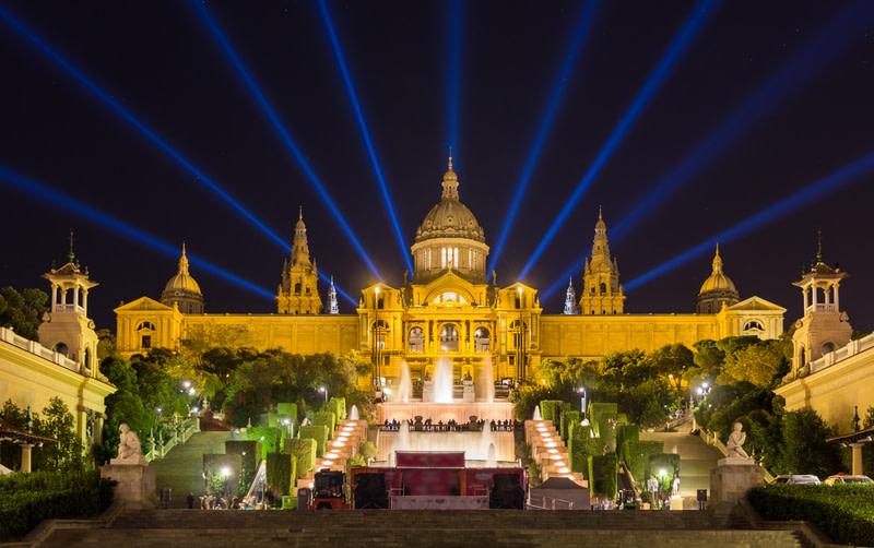 Explore the Museu Nacional d Art de Catalunya