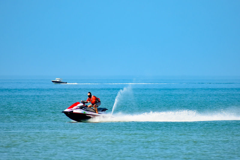 Try watersports in Florida