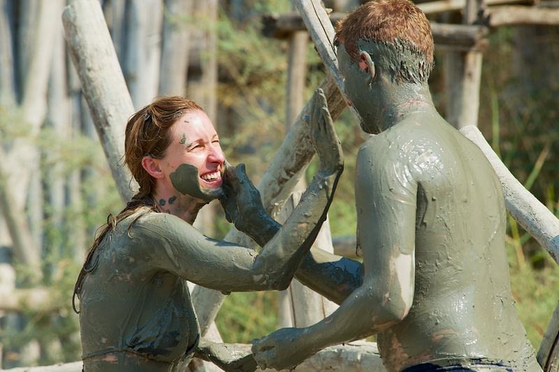 Take a bath in the mud