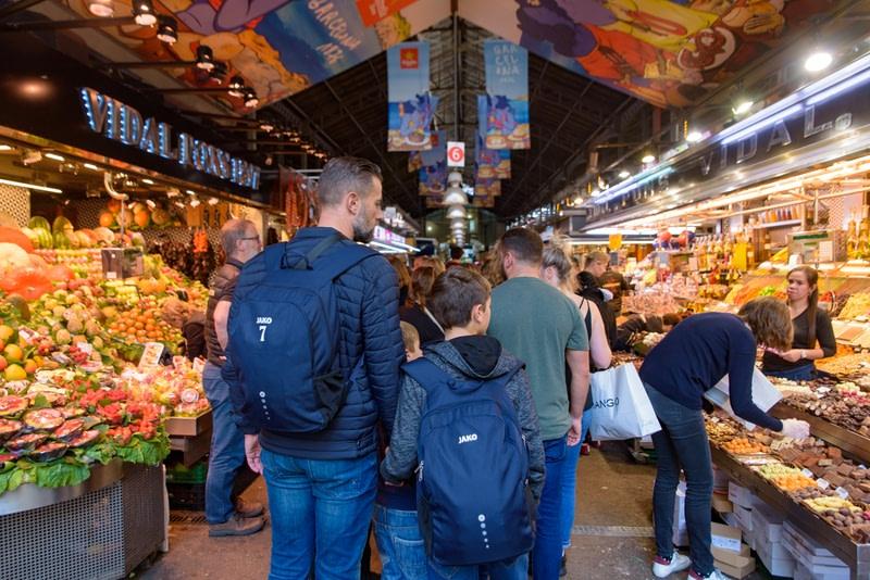 Explore the Barcelona's local market